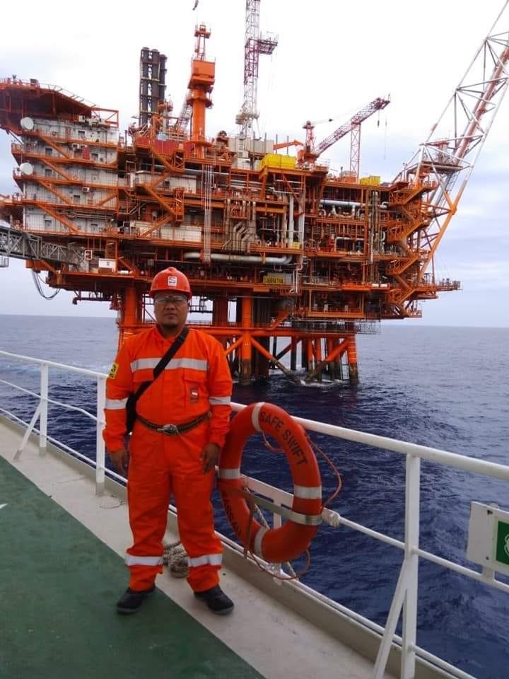 Graduan TVET di offshore